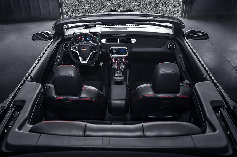 Jeff Gordon's 2013 Chevrolet Camaro ZL1 Convertible interior